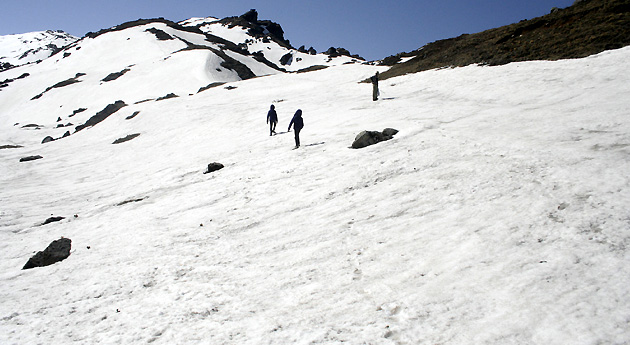 Kuari Pass Trek in uttarakhand, india