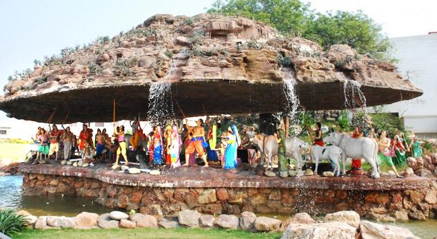 Tour to Lord Krishna Temples | Explore Mathura, Goverdhan etc